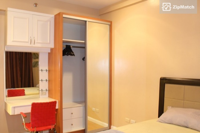 1 Bedroom                              One Bedroom Fully Furnished for Rent in Grand Hamptons II big photo 7