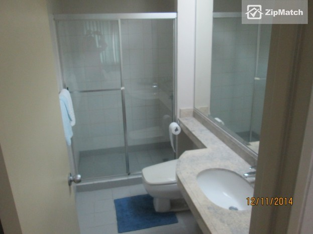 1 Bedroom                              Classy 1 Bedroom Apartment for Rent in Legazpi Village (One Legazpi Park) big photo 3