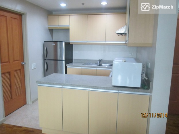 1 Bedroom                              Classy 1 Bedroom Apartment for Rent in Legazpi Village (One Legazpi Park) big photo 5