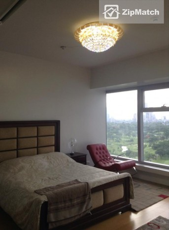 2 Bedroom                              Fully Furnished 2BR and 1quarter room unit with Nice View of Manila Golf Course big photo 4