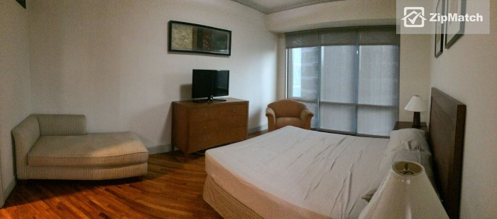 2 Bedroom                              2 bedroom condo for rent in amorsolo rockwell big photo 4