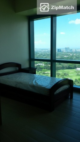 2 Bedroom  8 Forbes Town The Fort BGC Prime Unit For Rent: big photo 4