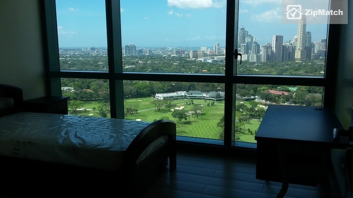 2 Bedroom  8 Forbes Town The Fort BGC Prime Unit For Rent: big photo 5