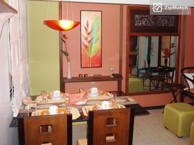 2 Bedroom  Raya Gardens, Paranaque, Fully Furnished 2 BR for Rent big photo 5