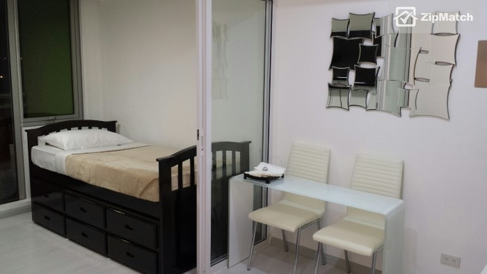 1 Bedroom                              Azure Urban Residences Resort Living Condo for Rent in Paranaque big photo 5