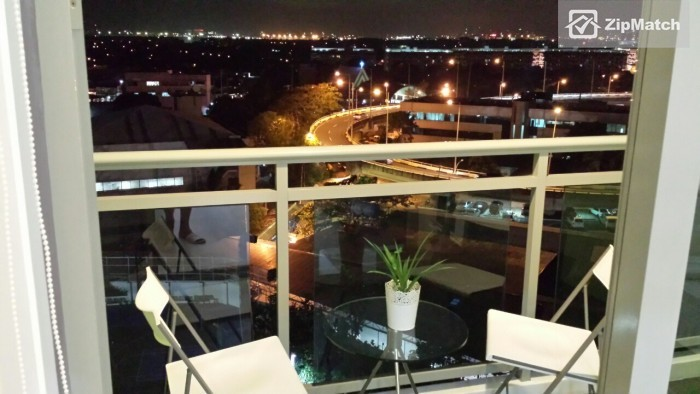 1 Bedroom                              Azure Urban Residences Resort Living Condo for Rent in Paranaque big photo 7