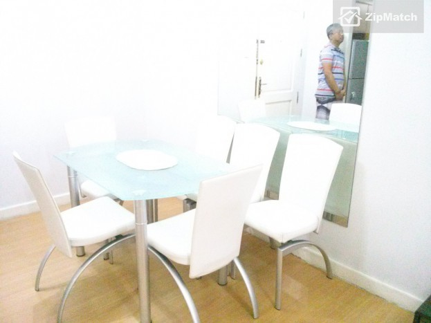 1 Bedroom  Fully furnished 1 BR unit in BGC for short term big photo 4