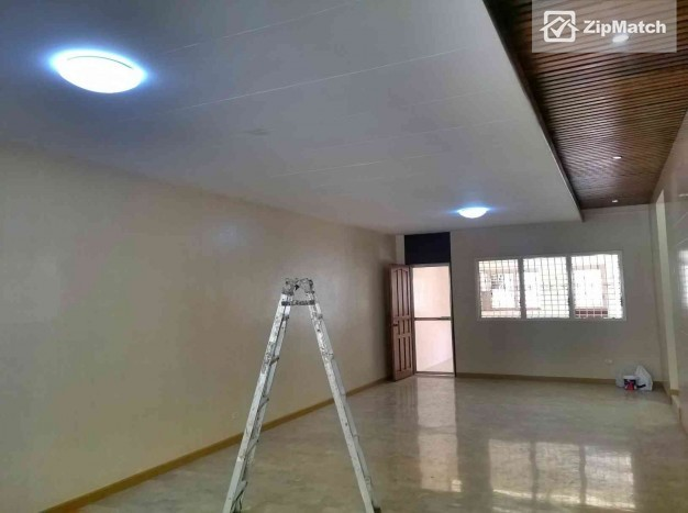 3 Bedroom  Newly Renovated 3 Bedroom House for Rent in Maria Luisa Estate Park big photo 1