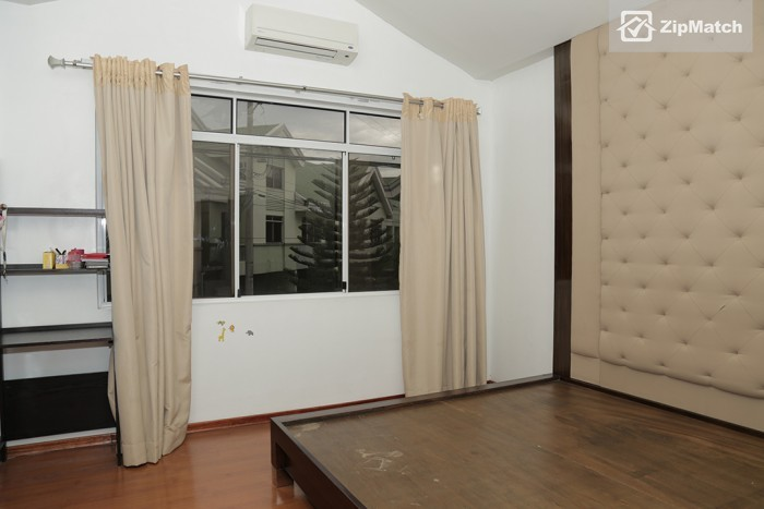 4 Bedroom                              4 Bedroom Townhouse For Rent in Otis 888 Residences big photo 8