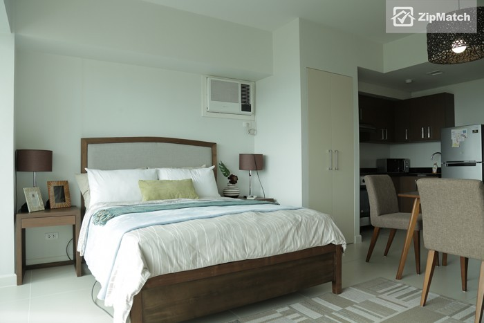 0  Studio Type Condominium Unit For Rent in Two Serendra big photo 4