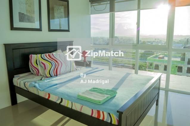 1 Bedroom Condominium
