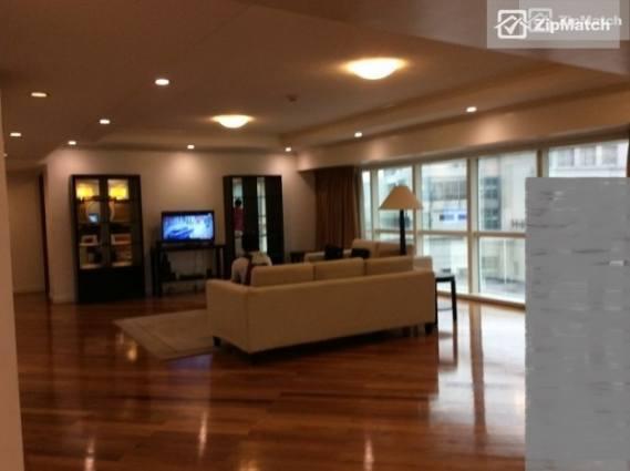 4 Bedroom Condominium in Fraser Place