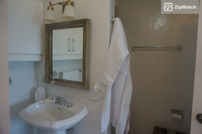 2 Bedroom Condo for rent at Fifth Avenue Place - Property #12088 big photo 12