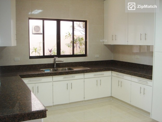 3 Bedroom House and Lot for rent in San Lorenzo Village, Makati City - Property #12959 big photo 3