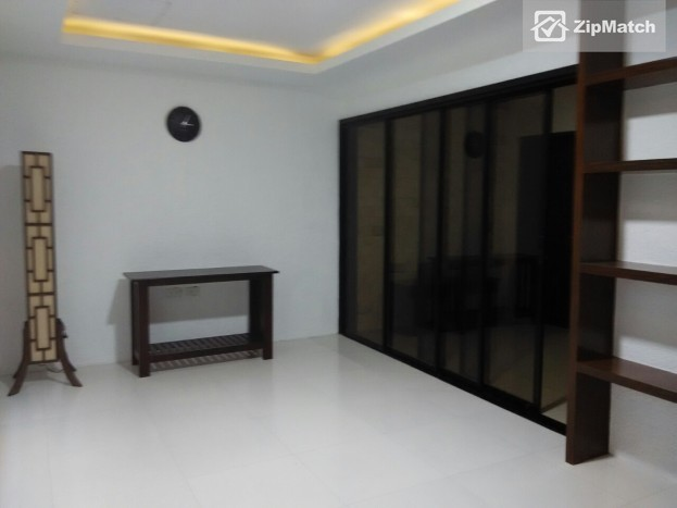 4 Bedroom Townhouse for rent in Mabolo, Cebu City - Property #14652 big photo 2
