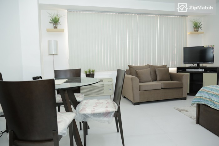 Studio Condo for rent at The Icon Residences - Property #20287 big photo 5